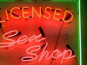 Bisnis Seks di Inggris Turun Sepertiga Akibat Internet