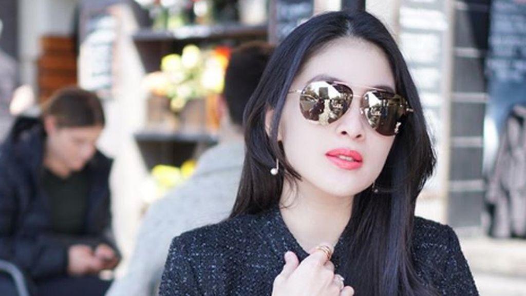 Sandra Dewi Berharap Yeslin Bahagia Usai Gugat Cerai Delon