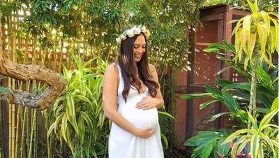 Ada Cerita Spesial di Balik Foto Kehamilan Wanita Ini, Bun