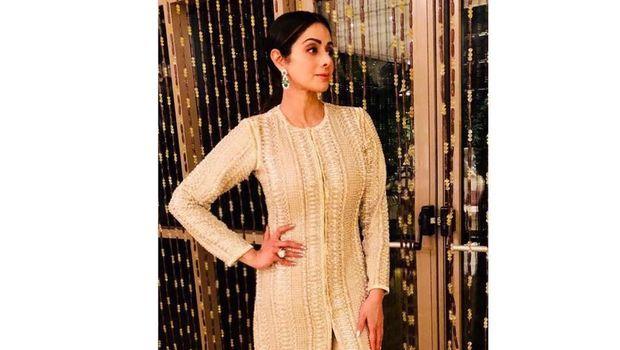 Aktris Bollywood Sridevi Meninggal Dunia