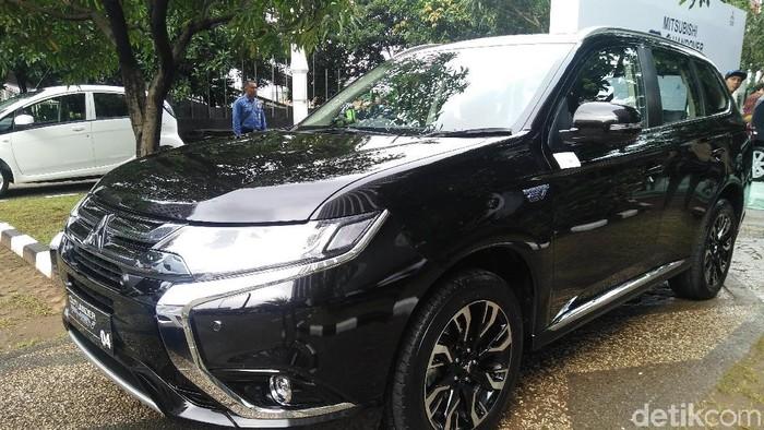 Berapa Harga Mobil Listrik Hibah Mitsubishi Untuk Pemerintah