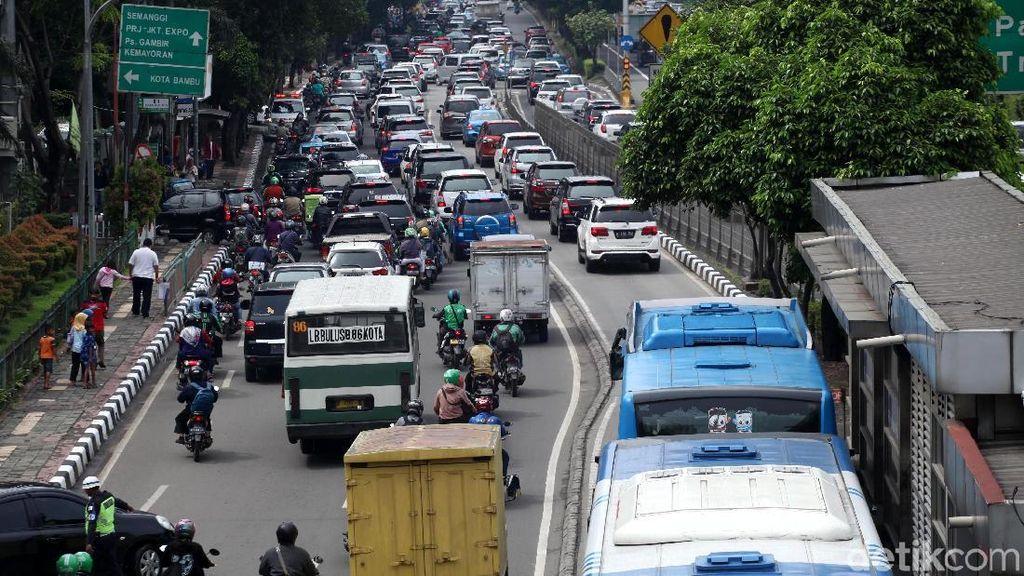 Ini Biang Kerok Kemacetan yang Bikin Stres, Setuju?