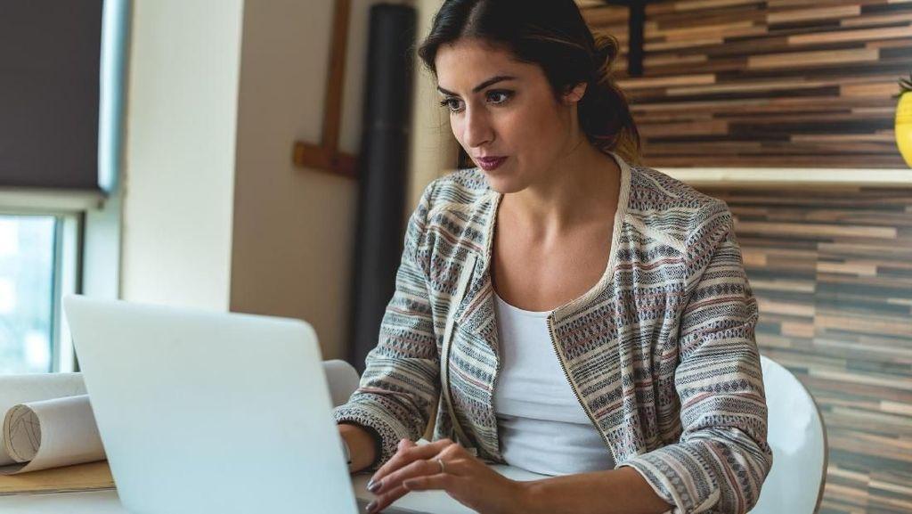 Selama Puasa, Orang RI Hobi Cari Rumah Lewat Online Setelah Sahur