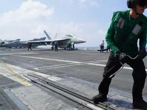 Abaikan China, Kapal Induk AS Carl Vinson Masuki Laut China Selatan