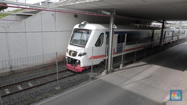 Kereta Bandara Soetta dan Rel Layang Ada di Stasiun Manggarai