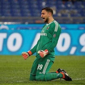 Costacurta Kritik Donnarumma yang Cium Jersey Milan Terus