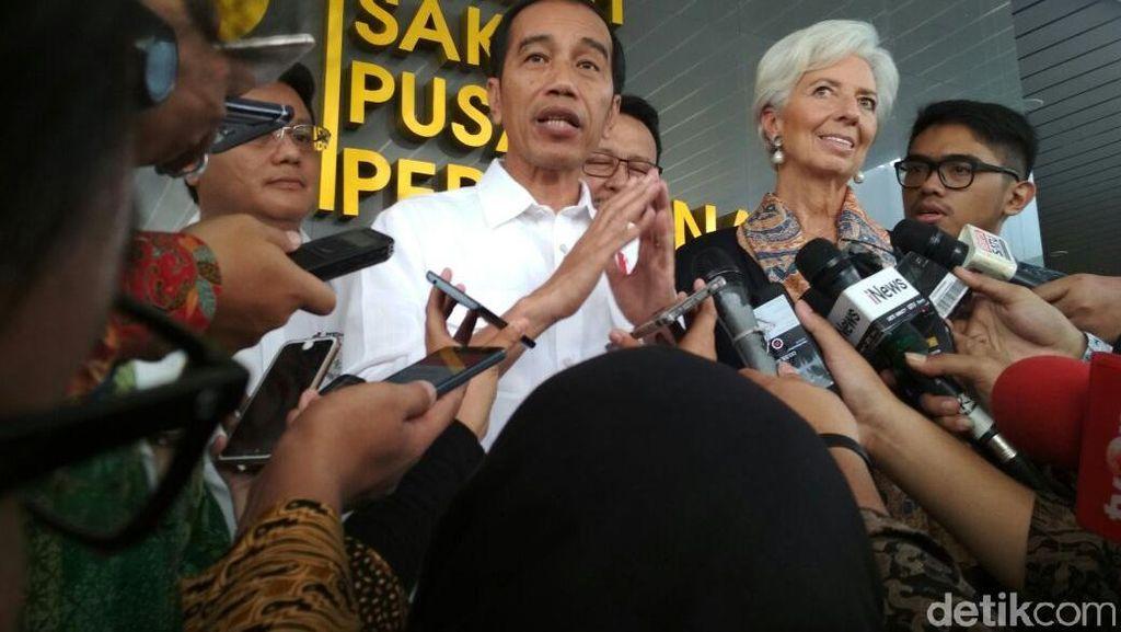 Tak Jadi ke Pasar Mayestik, Jokowi Ajak Bos IMF ke Tanah Abang