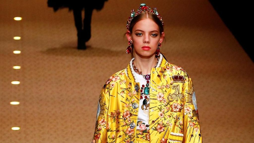 Bikin Iklan Rasis Pakai Sumpit, Dolce & Gabbana Batal Show di China