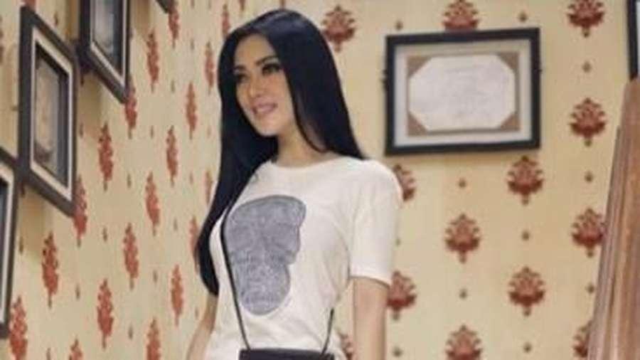 Penampilan Kece Nagita Slavina, Kendall Jenner Unggah Foto Tanpa Busana
