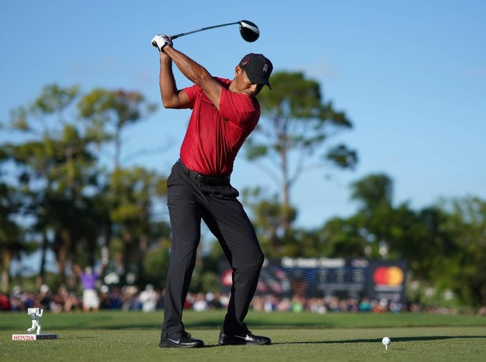 Feb 25, 2018; Palm Beach Gardens, FL, USA;  Tiger Woods tees off on the 18th during the final round of The Honda Classic golf tournament at PGA National (Champion). Mandatory Credit: Jasen Vinlove-USA TODAY Sports