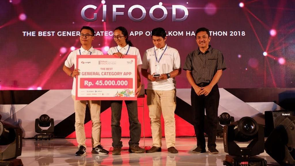 Sisihkan Ratusan Peserta, Tim Gifood Juarai Telkom Hackathon 2018