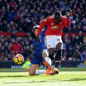 Kelenturan Taktik MU Melawan Chelsea yang Kaku