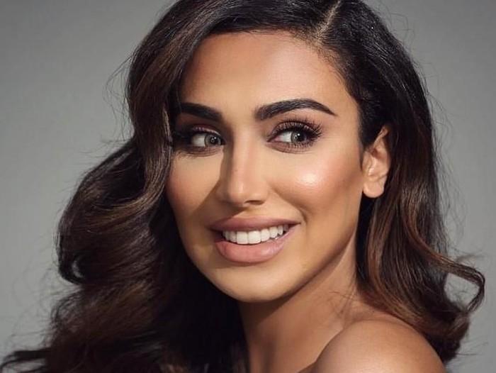 Blogger kecantikan Huda Beauty. Foto: Instagram/@hudabeauty