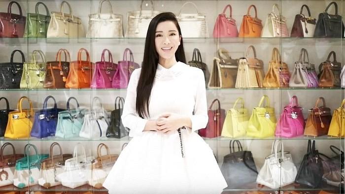 Sosialita Jamie Chua dan koleksi tas Hermes yang mencapai 200 buah. Foto: Instagram