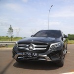 Mercedes-Benz GLC 200 Exclusive, SUV yang Asyik Diajak Ngebut