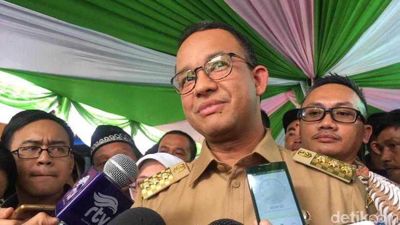 Anies Minta BBPOM DKI Awasi Penjual Makanan di Lokasi Asian Games