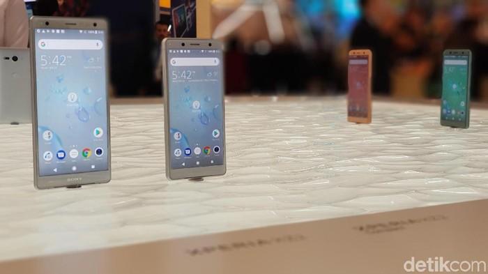 Sony Xperia XZ2 dan Xperia XZ2 Compact akhirnya kebagian Android 9 Pie. Foto: detikINET/Achmad Rouzni Noor II