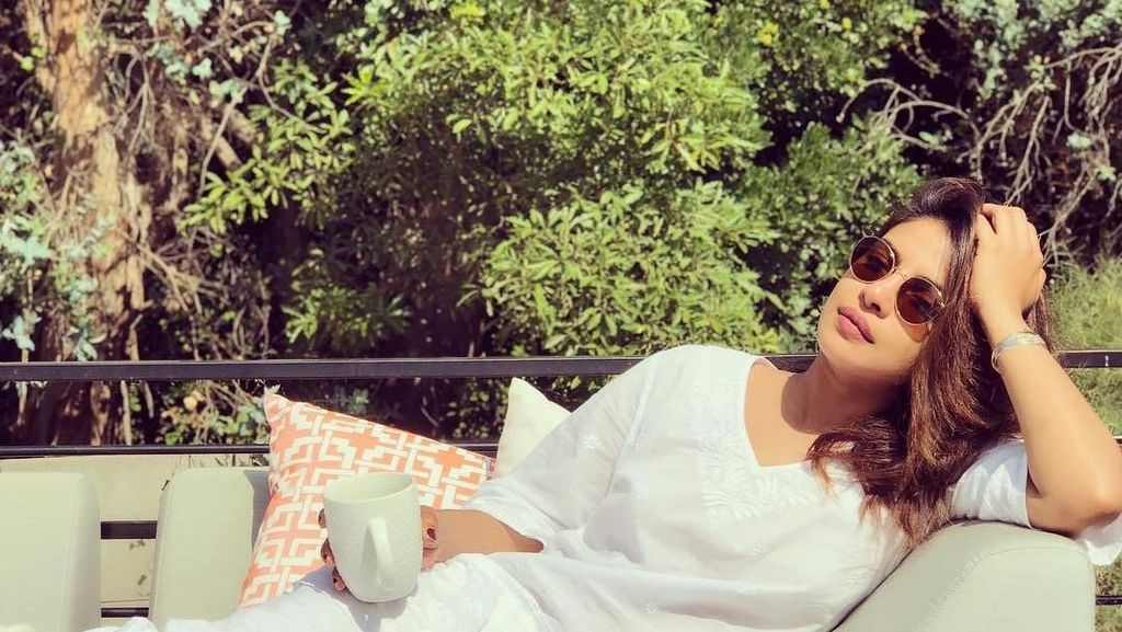 Foto: Liburan Si Cantik Bollywood Priyanka Chopra