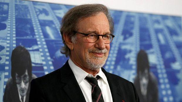 Steven Spielberg, sineas kawakan sekaligus petinggi the Academy yang mendorong pelarangan film layanan streaming masuk Oscar.