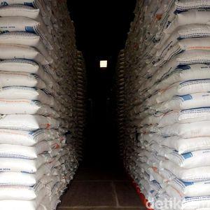 Darmin: Kalau Tak Impor, Beras di Gudang Bulog Hanya 800.000 Ton