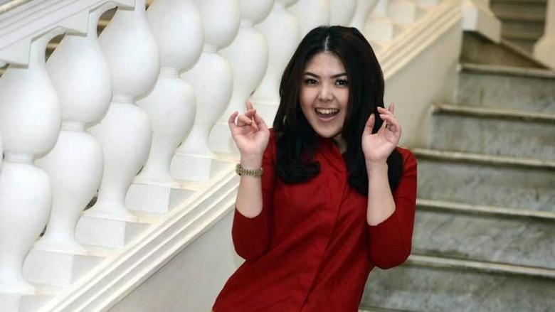 Tina Toon Nyaleg DPRD DKI Lewat PDIP