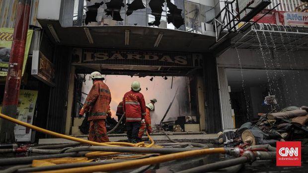 Kronologi Kebakaran Toko di Pasar Baru Jakarta