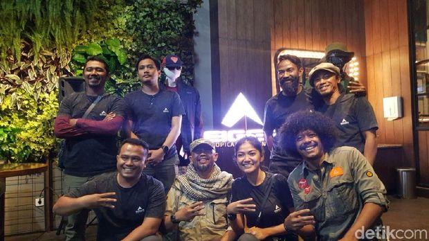 Ferry Kanna bersama Brand Ambassador EIGER