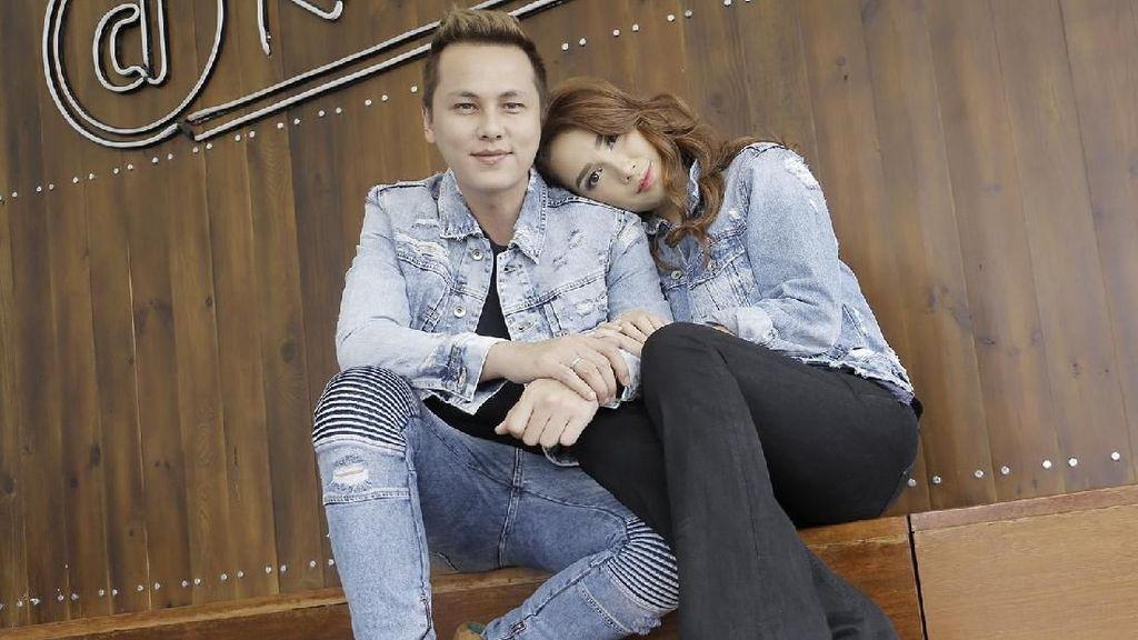 Ultah Pernikahan, Ussy dan Andika Pratama Sepakat Tanpa Kado