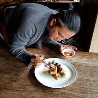 Trik Cerdas Makan di Restoran AYCE, Chef Chandra Yudasswara : Cobain Semuanya!