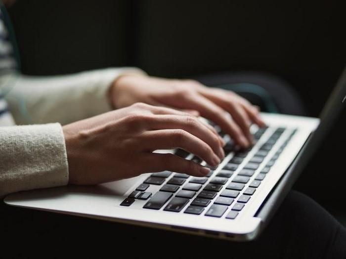 Cara Memisahkan File PDF di Laptop dan Smartphone Foto: unsplash