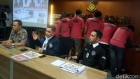 Selain Saracen, baru-baru ini polisi juga menangkap 6 orang pelaku penyebar hoax dan ujaran kebencian (hate speech) yang tergabung di dalam Moslem Cyber Army (MCA).(Foto: Rengga Sancaya/detikcom).