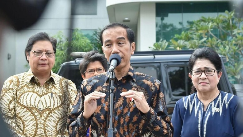 Muncul Duet Jokowi-AHY, Golkar Dorong Airlangga Jadi Cawapres