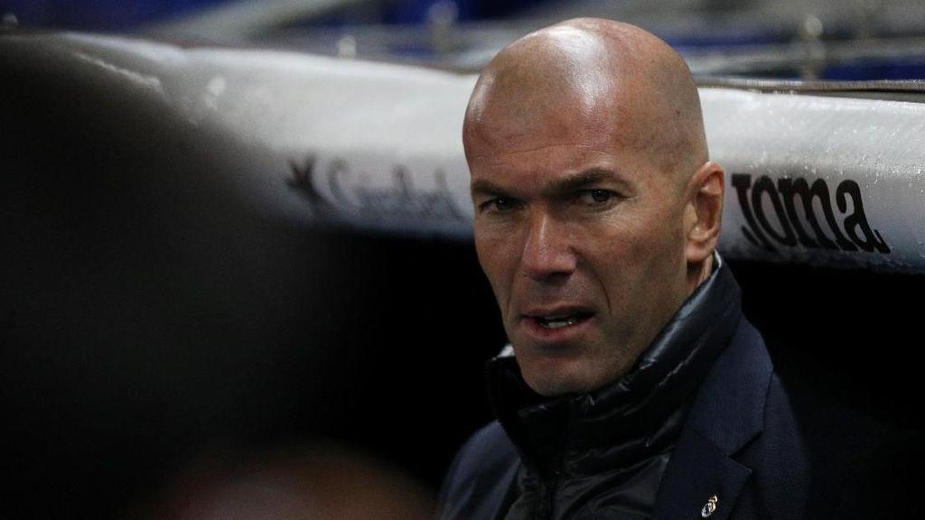 Zidane di Madrid: 2,5 Tahun, 9 Trofi