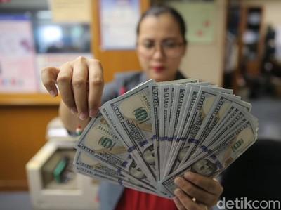 Dolar AS Naik, Jangan Banyak Belanja Dulu di Luar Negeri
