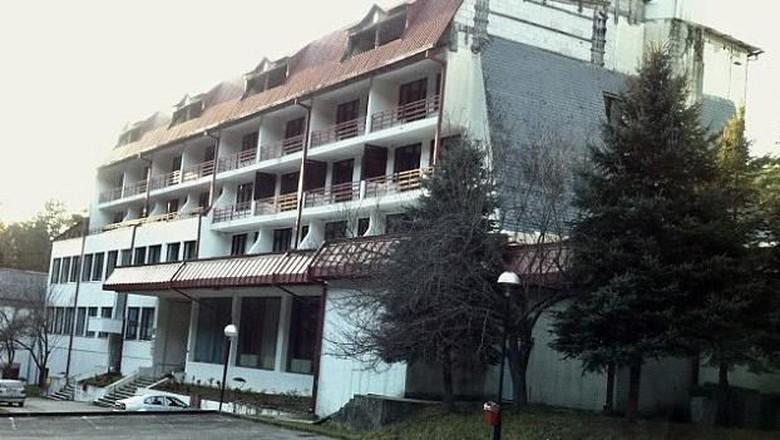 Hotel bekas penyiksaan muslim di Bosnia (Kym Vercoe)