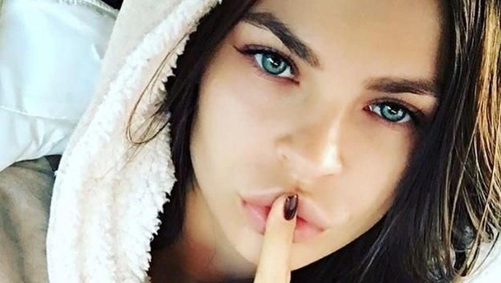 Wanita Penghibur yang Tahu Rahasia Trump Dideportasi dari Thailand
