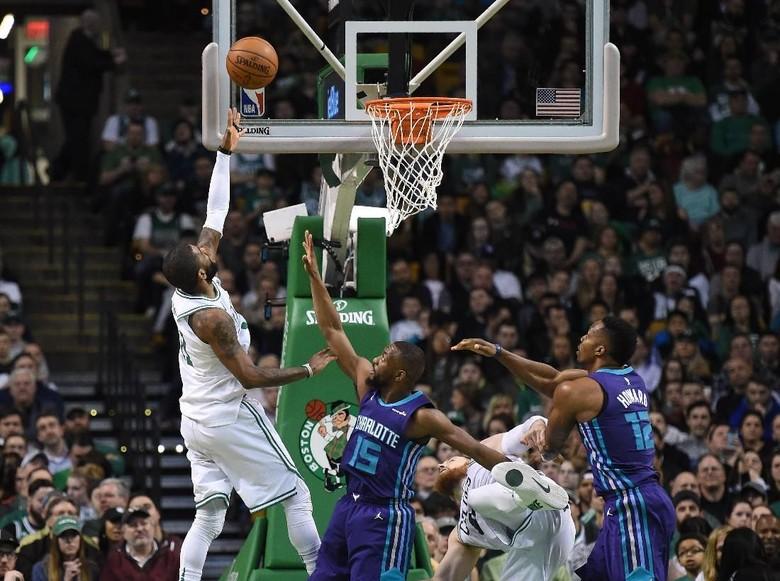34 Poin Irving Bantu Celtics Hancurkan Hornets