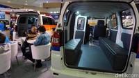 Ini salah satu bentuk Suzuki Mega Carry yang di desain dan diperuntukan sebagai angkutan umum, baik perkotaan maupun pedesaan.