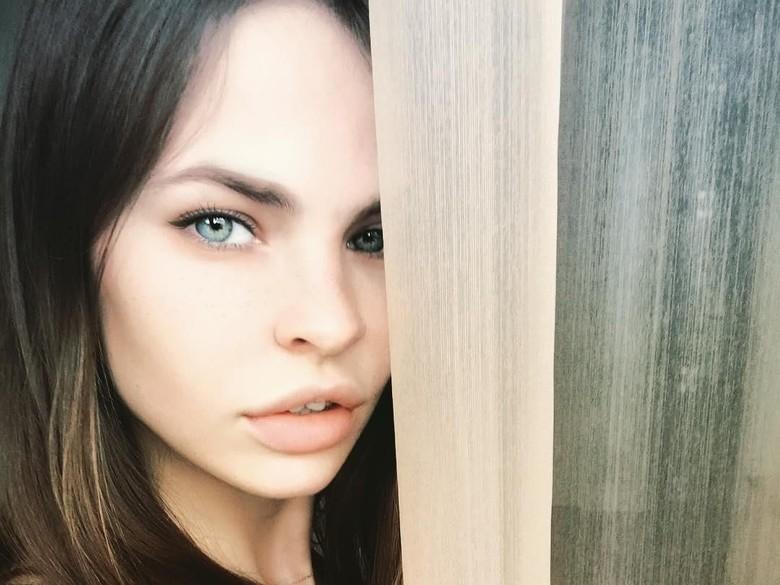 FBI Coba Temui Wanita Penghibur yang Akui Punya Info Trump-Rusia