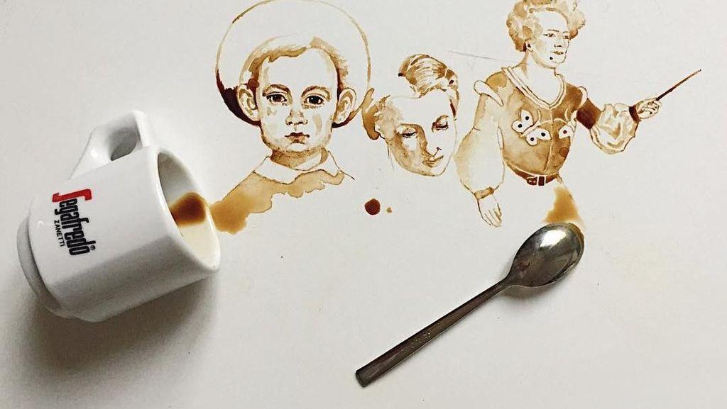 Keren! Ini 10 Lukisan Cantik yang Dibuat dari Sisa Air Kopi