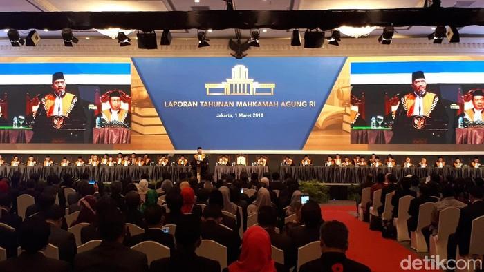 Ketua MA Hatta Ali membuka sidang laporan tahunan di JCC, Kamis (1/3/2018) Foto: Haris Fadhil-detikcom