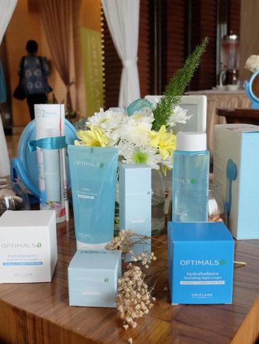 Oriflame Rilis Rangkaian Produk Skincare Berbahan Alami untuk Kulit Cerah