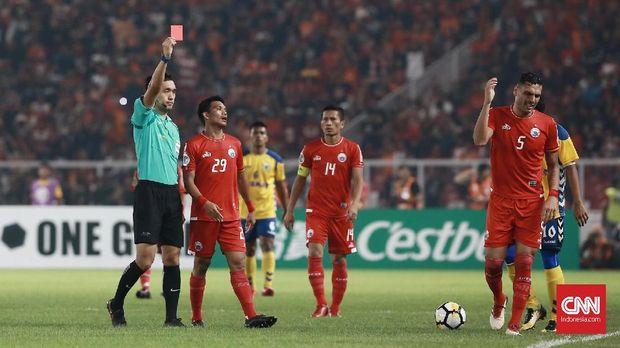 Jameirson mendapat kartu merah kedua di Piala AFC.