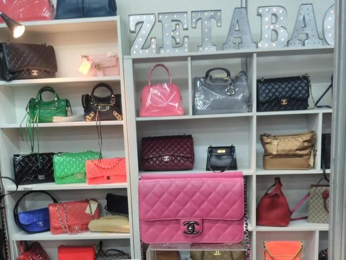 Tas Chanel Hingga Gucci Dijual di Bawah Rp 10 Juta di Bazar GI 3374d6b88d