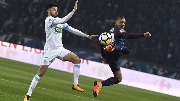 Kylian Mbappe menerima gaji tertinggi kedua di PSG setelah Neymar.(