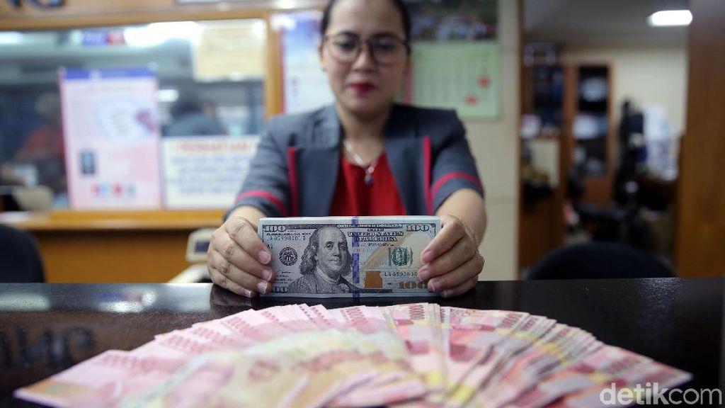 Mungkinkah Dolar Sentuh Rp 10.000 Seperti Prediksi Jokowi Effect?