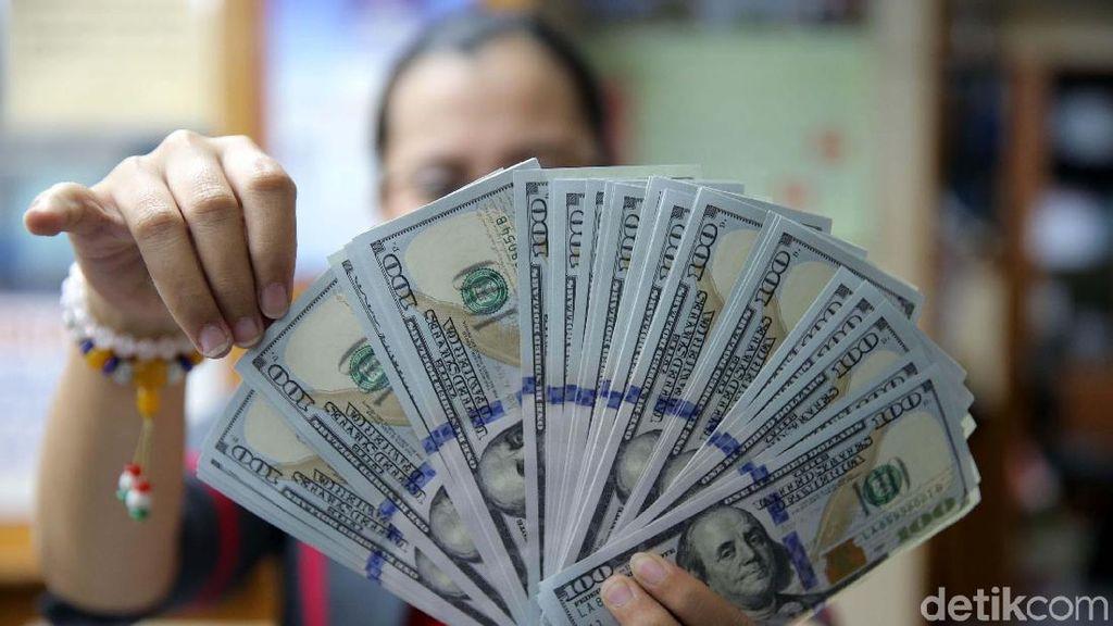 Rupiah Berotot, Kini Dolar AS Sudah Rp 13.990