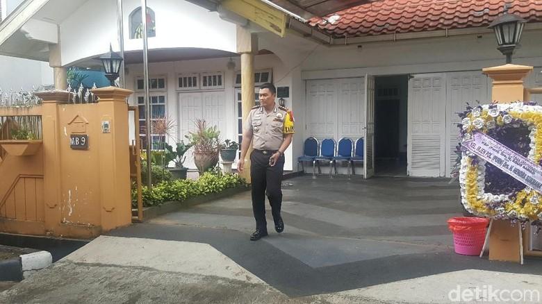 Tim Labfor dan Inafis Olah TKP Lagi di Rumah Eks Wakapolda Sumut
