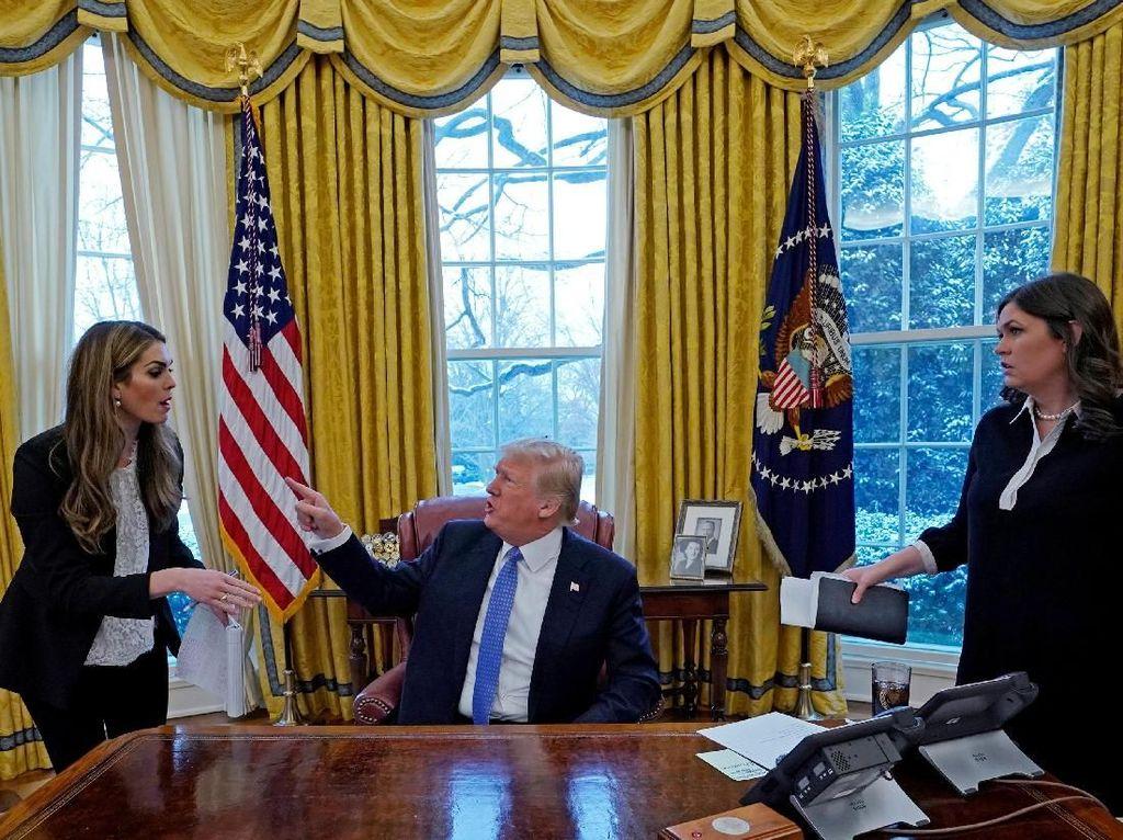 Gara-gara Kerja untuk Trump, Jubir Gedung Putih Diusir Restoran