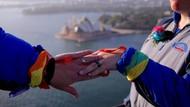 Foto: Pernikahan Gay Pertama di Atas Sydney Harbour Bridge